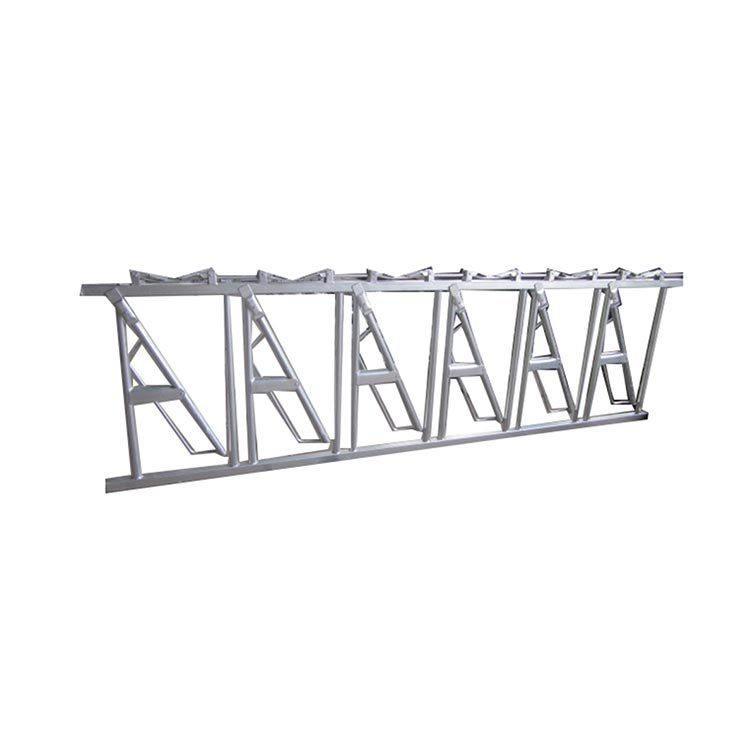 Dairy headlock feeder for cow handling farm